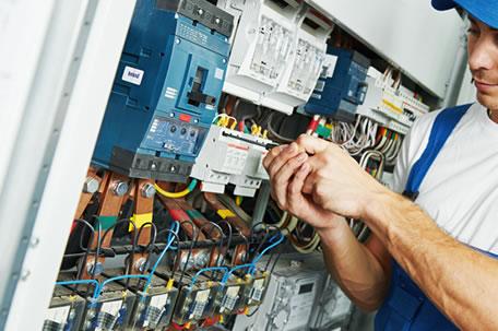 Instalação e Manutenção Elétrica Predial